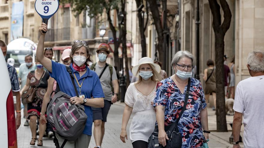 Coronavirus en Baleares: La incidencia sube ligeramente y las UCI se quedan con solo 8 pacientes, el mejor dato en un año