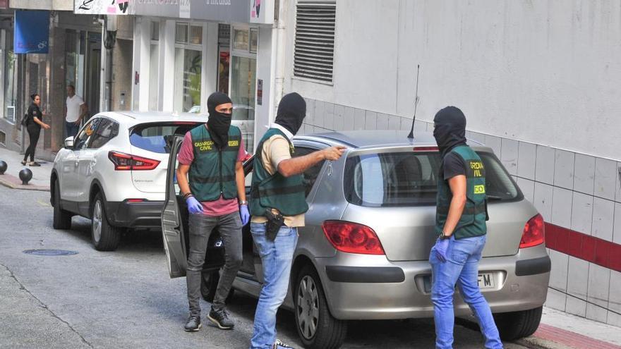 Al menos cinco detenidos en una operación antidroga en Cambados y Vilagarcía