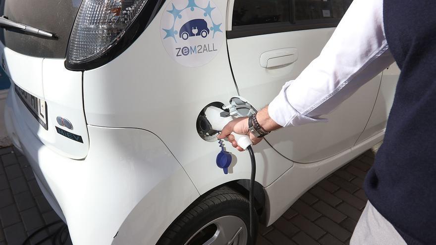 Comienza la instalación de los 30 puntos de recarga de coches eléctricos