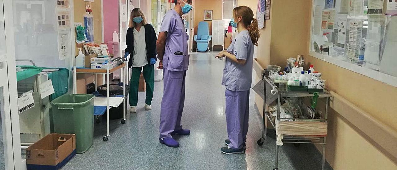 Imagen tomada ayer en la Unidad de Cuidados Intensivos del Hospital General de Alicante.