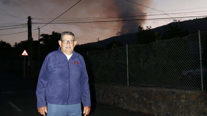 «El humo me tiene nervioso porque tengo una casa cerca»