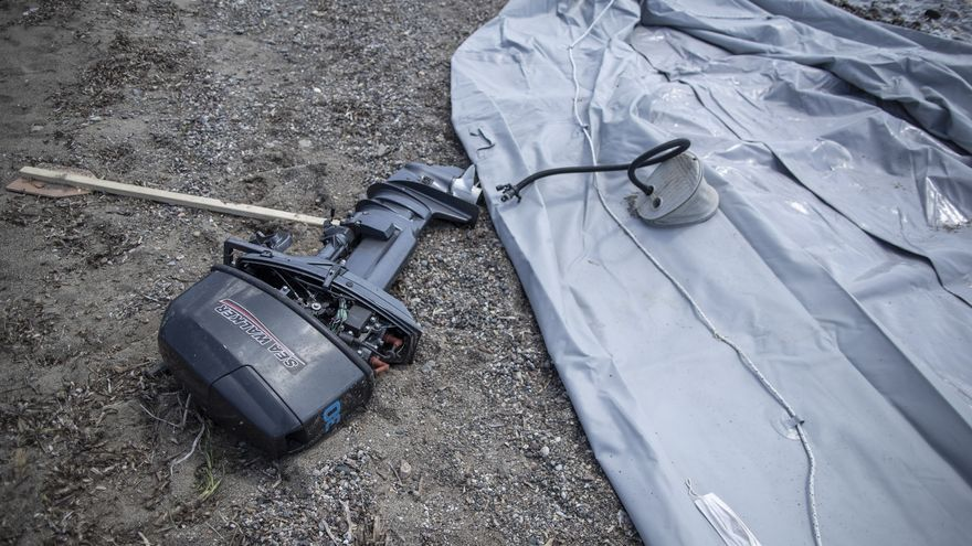 Una superviviente y dos cadáveres en una zódiac volcada a 250 kilómetros de Canarias