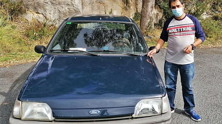El Ford Fiesta del 96 vuelve a su casa de A Coruña