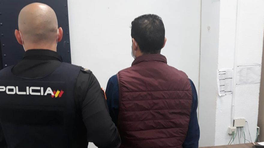 El hombre que atropelló a su exmujer en Blanquerna ingresa en prisión