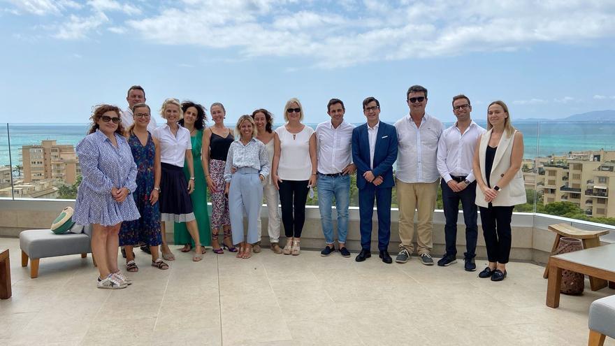 MallorcaLeads organiza junto a Iberostar su Business Lunch, edición especial de verano en el restaurante Katagi Blau