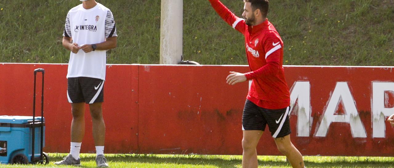 Álvaro Vázquez, en el entrenamiento de ayer