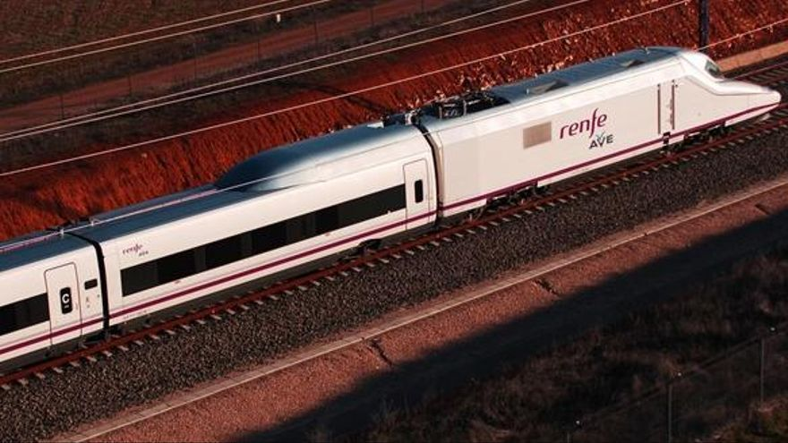 Llum verda al primer tren d'alta velocitat privat