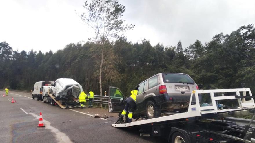 Un herido en un choque en la autovía del Cantábrico a la altura de Llanes