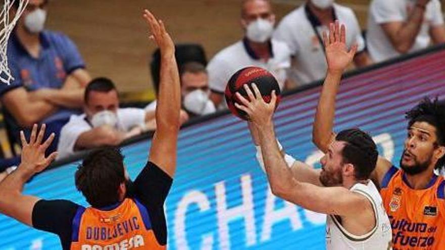El Valencia Basket cae ante el Real Madrid en un igualado duelo