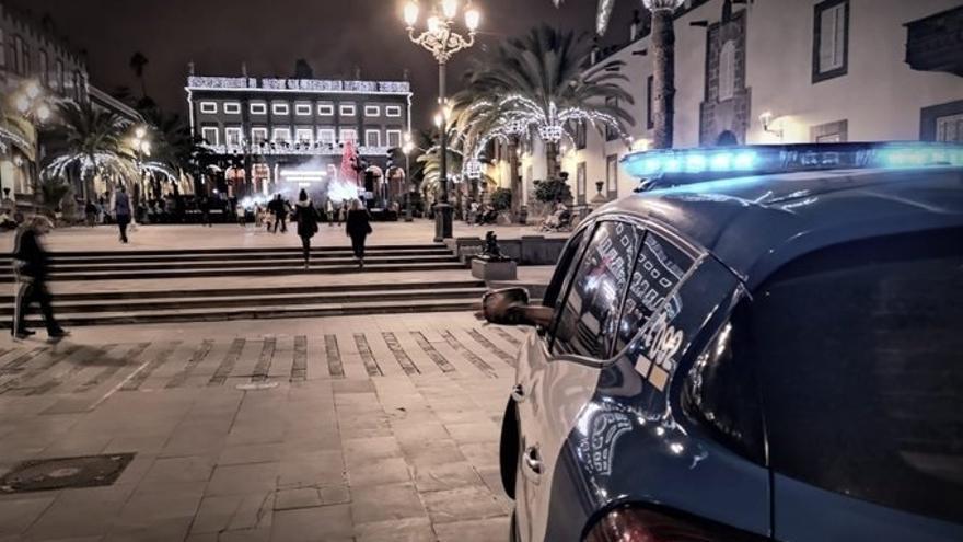 La Policía Local denuncia a 29 personas por saltarse el toque de queda en Nochebuena