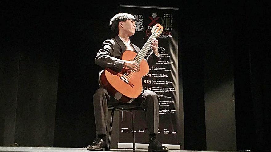 El certamen de guitarra de Elche homenajea a Piazzolla