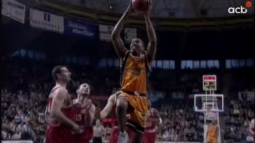 Vídeo: Así jugaba Derrick Alston en el Valencia Basket