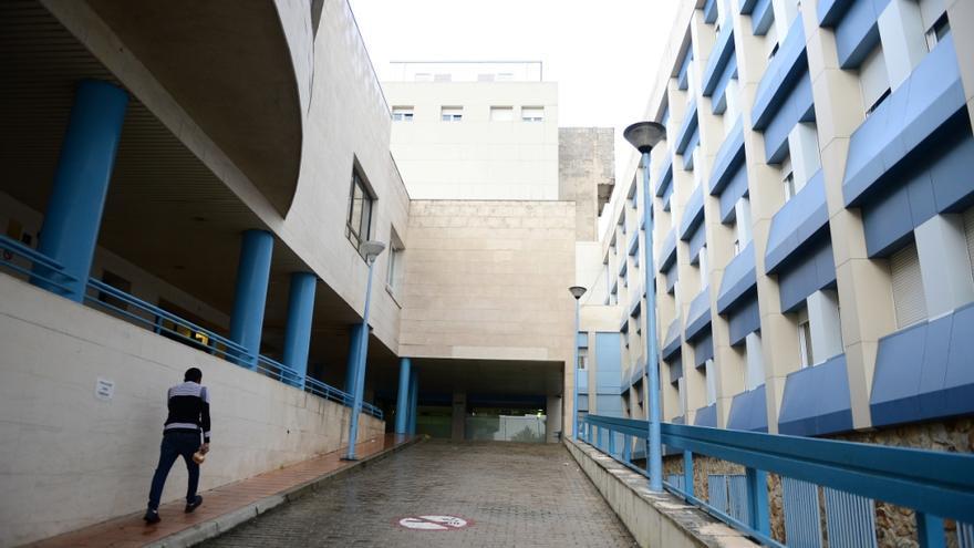 El brote del hospital de Plasencia alcanza los 37 casos activos de covid
