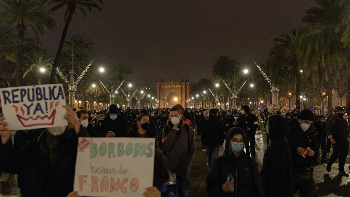 Manifestación en Barcelona por el encarcelamiento del rapero Pablo Hasél.