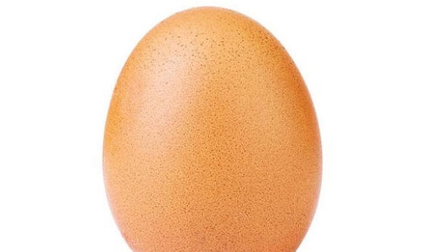 Un huevo rompe el récord de Instagram y bate a Kylie Jenner