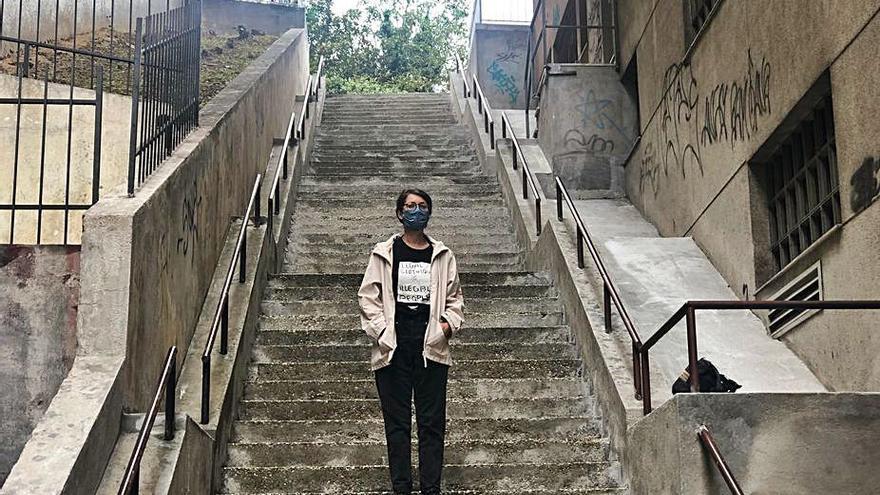 La artista Doa Oa realizará un mural botánico en las escaleras de República Arxentina