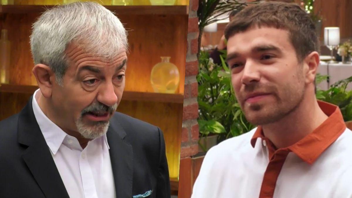 """Carlos Sobera se queda de piedra en 'First Dates' con los trabajos de Jacobo: """"¿Pero tienes tiempo para todo eso?"""""""