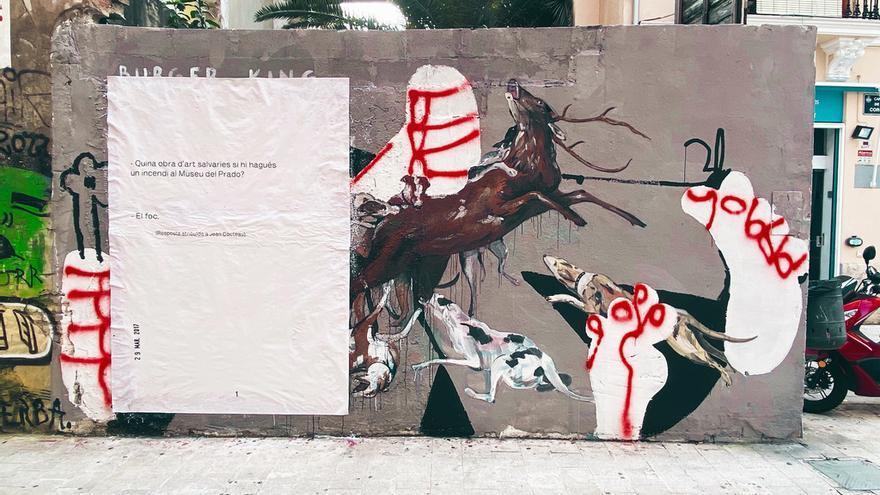 """La falla Corona """"empapela"""" el Carmen para celebrar el Patrimonio de la Humanidad"""