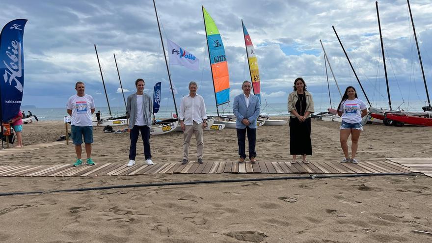 La vela europea torna a les aigües de la Badia de Roses, a Sant Pere Pescador