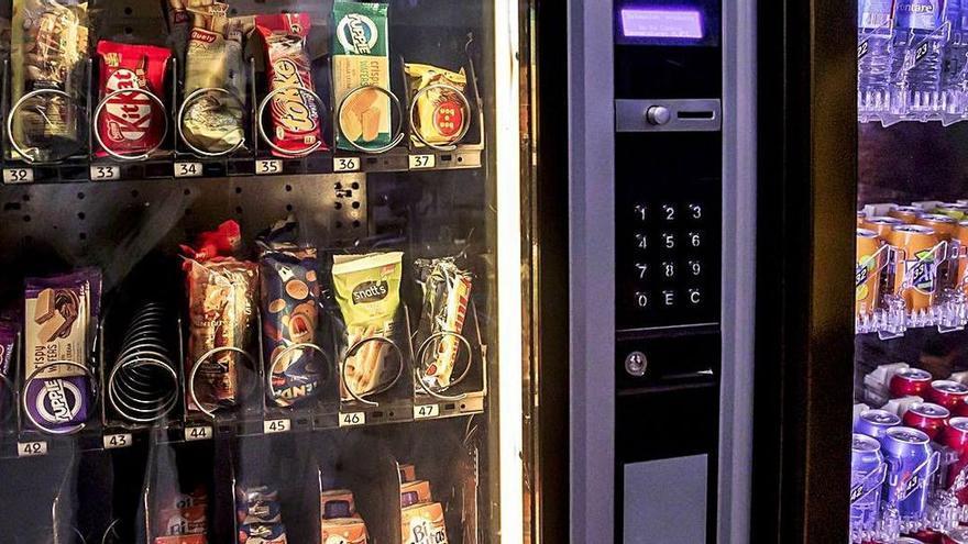 Baleares pide que se prohíban los alimentos insanos también en el entorno laboral