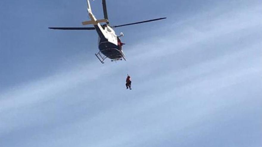 El GES rescata a una mujer herida en Lanzarote