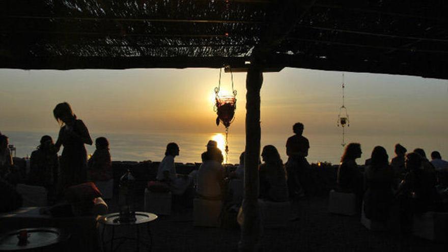 Die Insulaner wollen ihre Sonne lieber abends als morgens