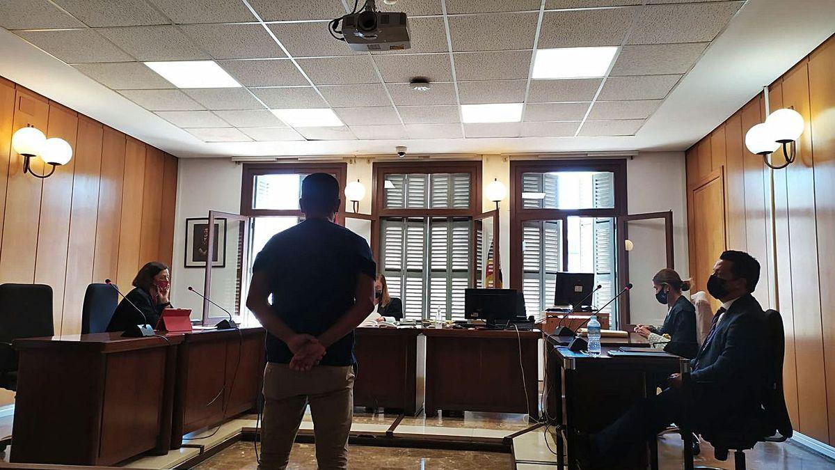 El acusado, este lunes durante el juicio celebrado en un juzgado de lo penal de Palma.