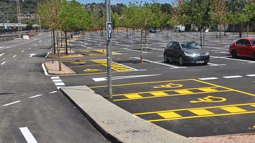 L'aparcament de Renfe de Martorell, asfaltat