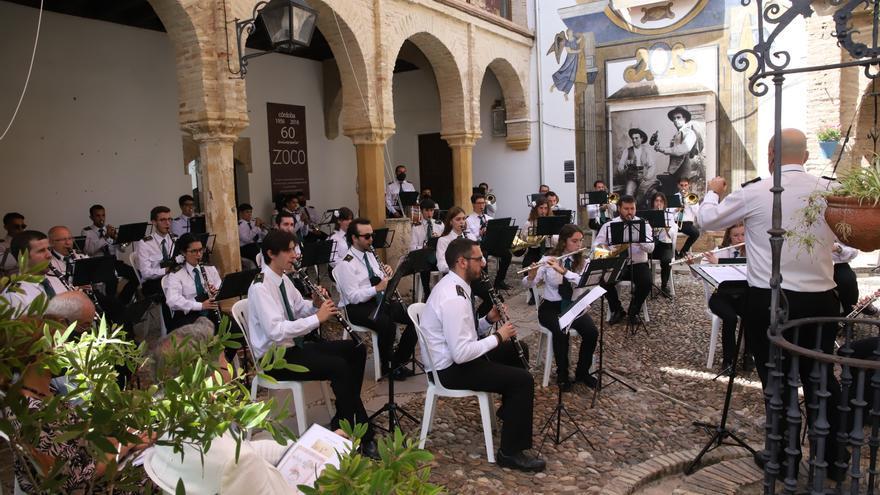 Concierto de pasodobles de la banda de la Esperanza en el Taurino