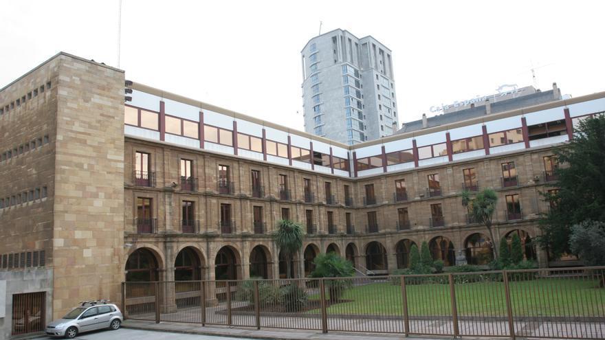 Hacienda pone la lupa sobre los ricos asturianos que se mudan a Madrid para tributar menos