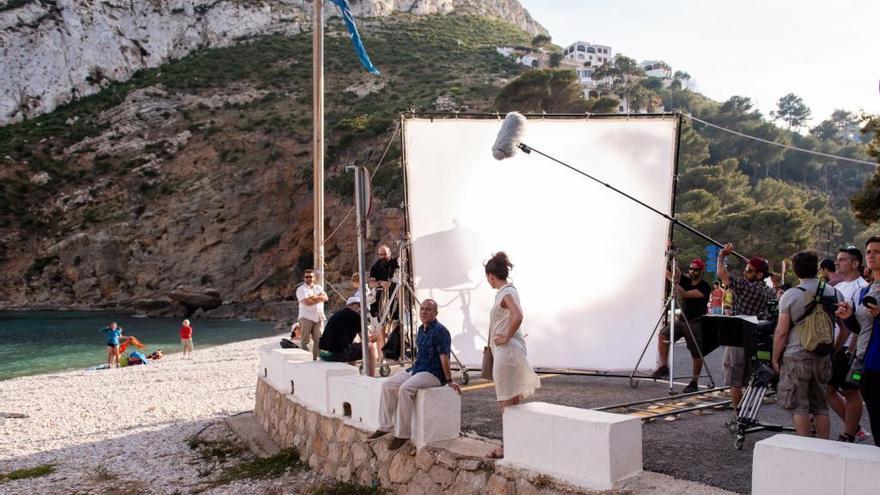 Los actores Javier Gutiérrez y Malena Alterio ruedan en la Granadella de Xàbia