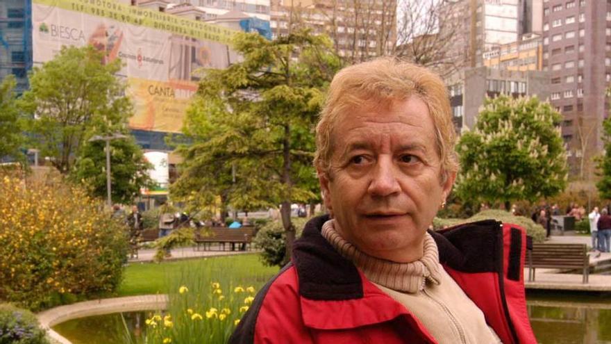 """Fallece el cantante Carlos Blanco, popular """"showman"""""""