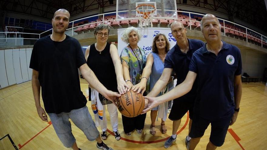 L'Uni Girona participa en l'homenatge a les jugadores dels anys 80 de l'Adepaf