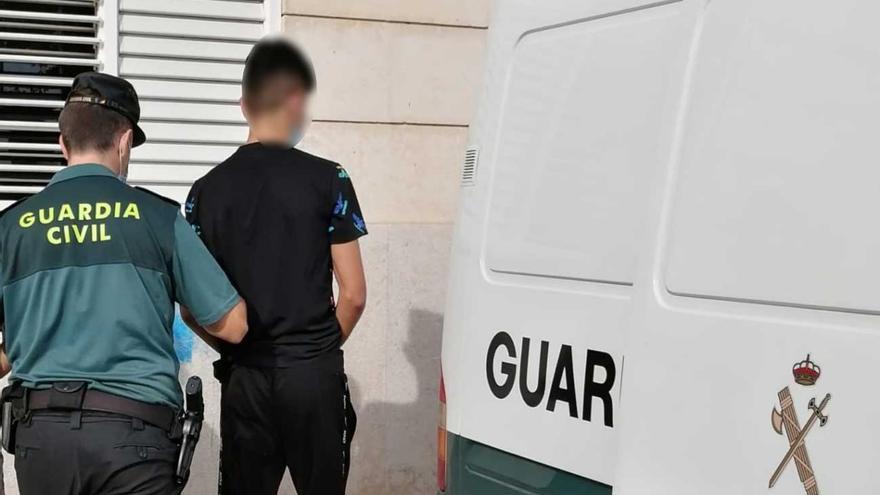 Detenidos cuatro chicos  por una oleada de robos en vehículos en Inca y Mancor