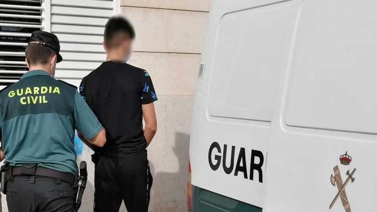 Uno de los jóvenes detenidos.