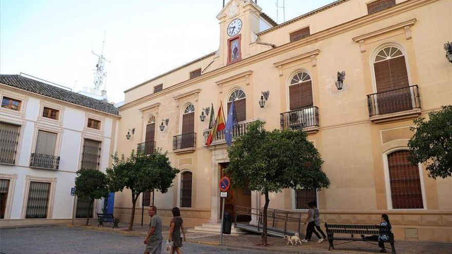 El Ayuntamiento de Montilla cierra los parques tras la tormenta