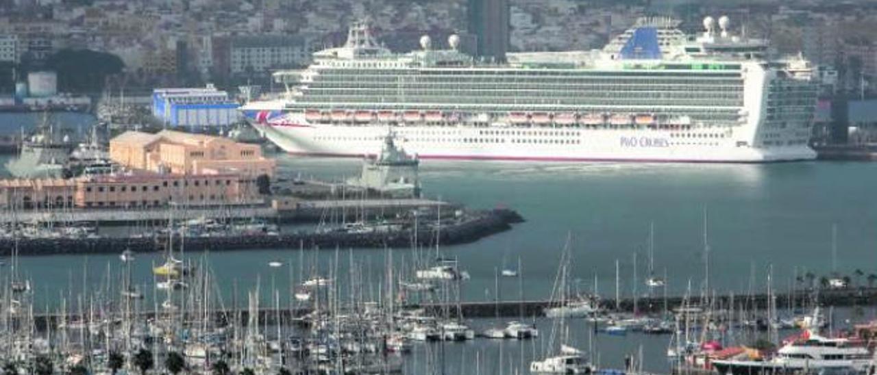 Francia condena por contaminación  a un crucero habitual de Gran Canaria