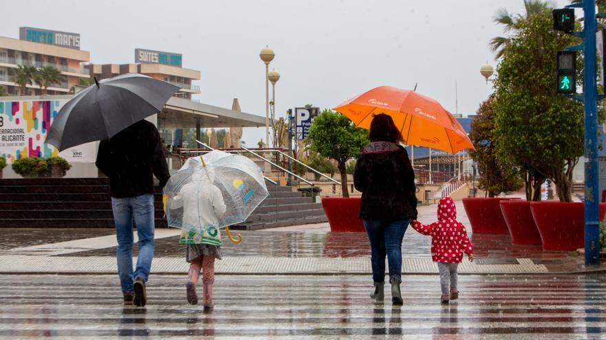 El tiempo en Alicante: las lluvias dejan 62 litros por metro cuadrado en 16 horas seguidas de una suave gota fría
