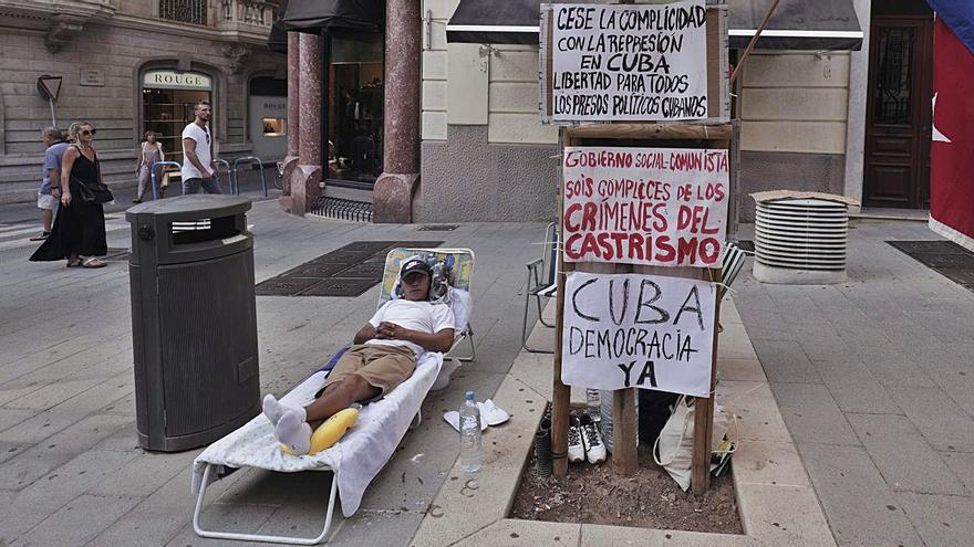 Quinto día en huelga de hambre en Palma por la situación de Cuba