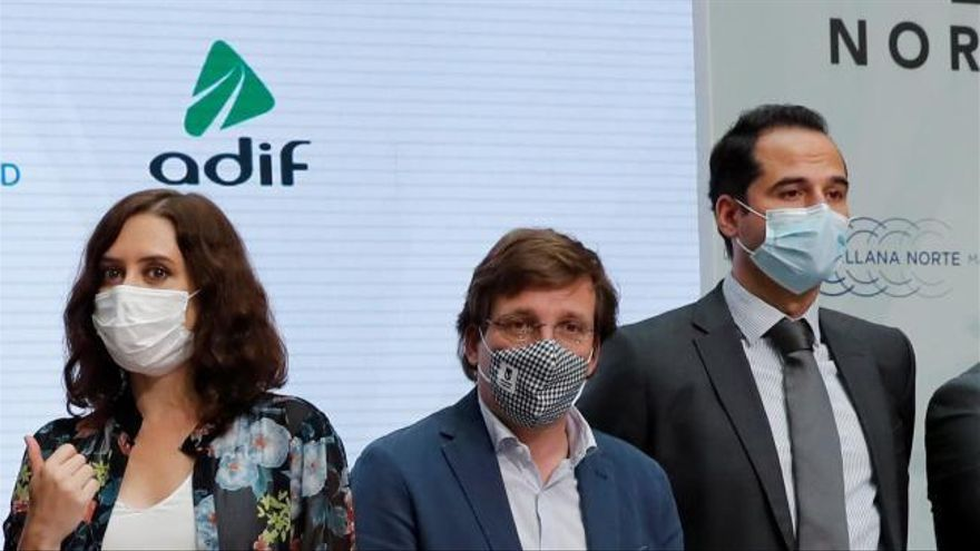 La Comunidad de Madrid se plantea ahora el uso obligatorio de la mascarilla