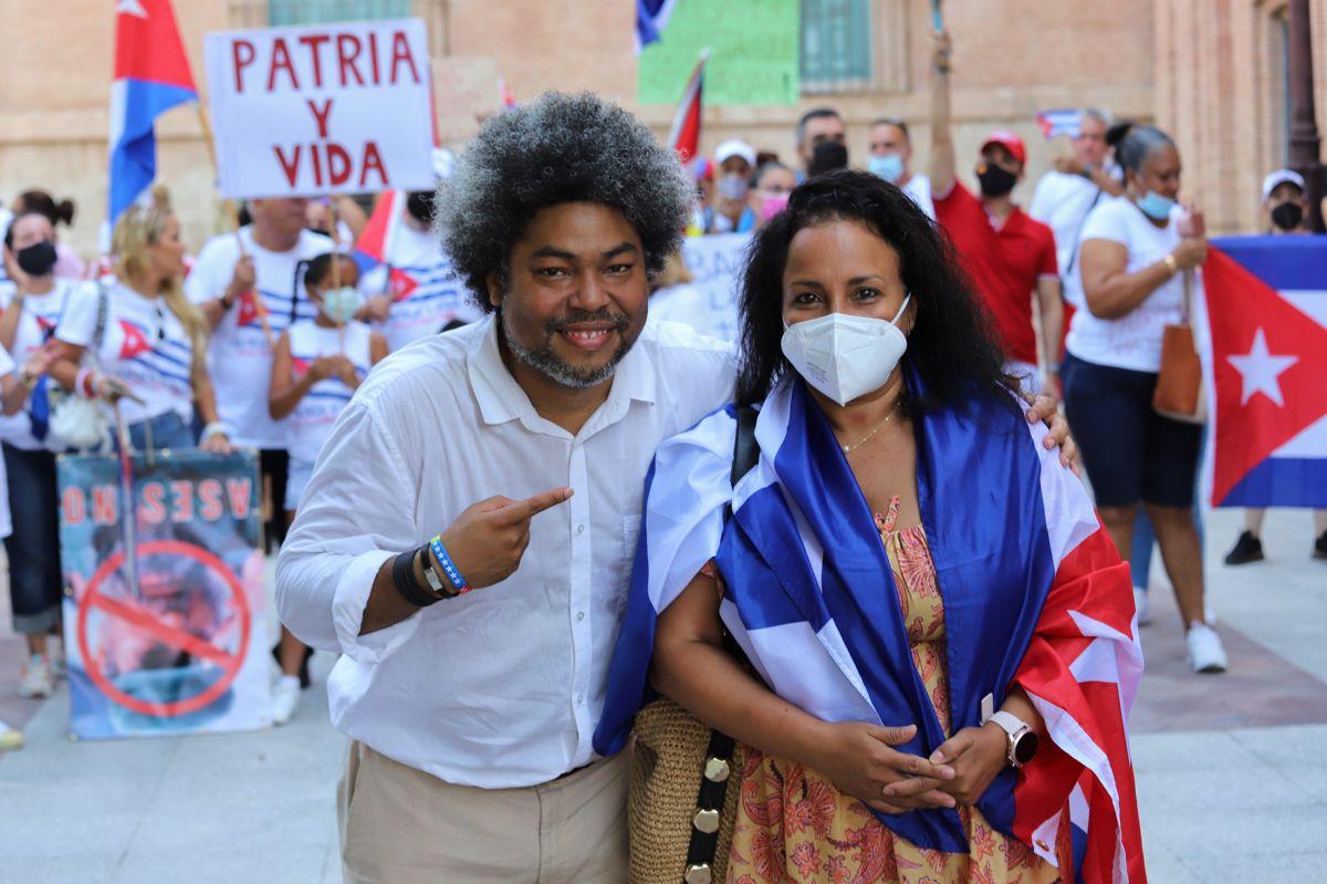 """Cubanos de Murcia, en pie de guerra """"contra el comunismo"""""""