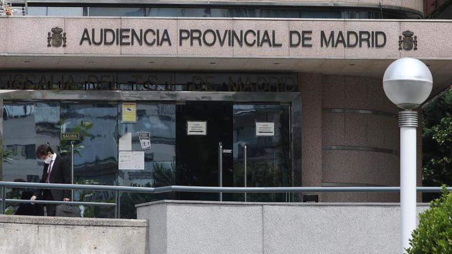 Juzgan a una mujer que cobró durante 28 años la pensión de su madre fallecida en Madrid