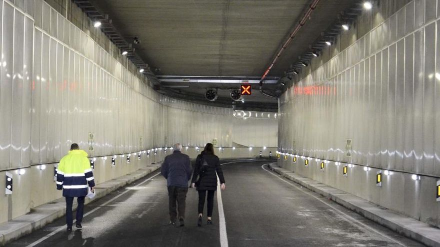 El arreglo del pavimento en el túnel de O Parrote durará dos días