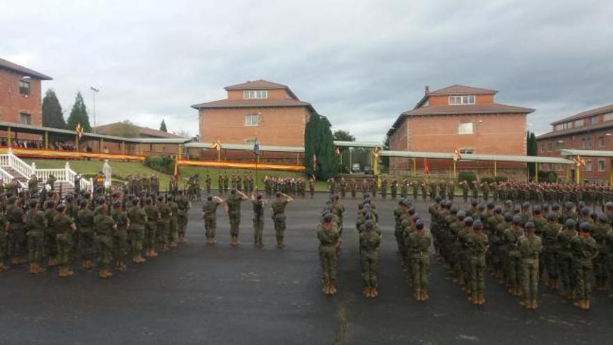 """El coronel Alfonso Pardo de Santayana Galbis, nuevo responsable del acuartelamiento """"Cabo Noval"""""""