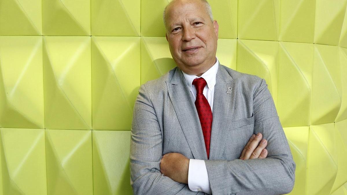 El consejero de Educación y Deporte de la Junta de Andalucía, Javier Imbroda.