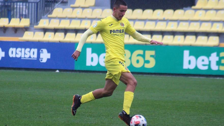 Iván Ramos reactiva a un superior Villarreal C en Benigànim (0-2)
