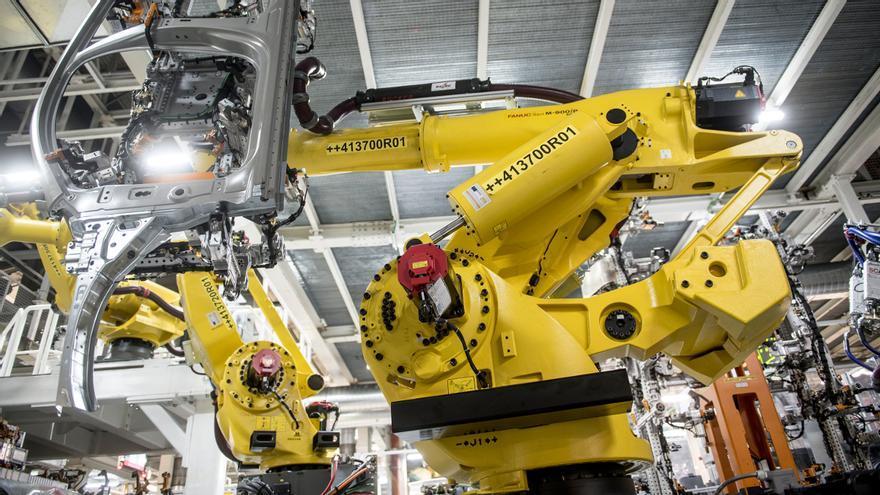Así es el nuevo robot gigante de la planta de Seat en Martorell