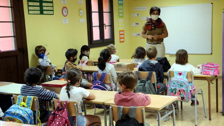 El Govern espanyol vol que els alumnes segueixin portant mascareta el curs vinent