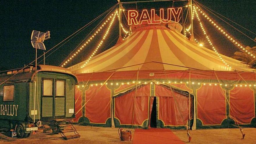 El Circ Històric Raluy porta a  Manresa l'espectacle «Vekante»