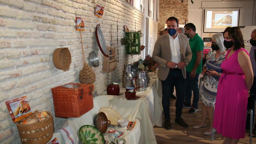 50 utensilios antiguos de cocina en la Casa del Artesano de Lorca